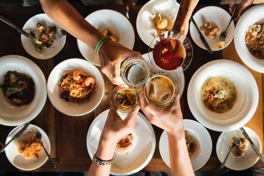 Cómo organizar las mejores cenas de empresa